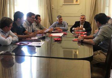 La CIMR recibió al senador Alcides Calvo